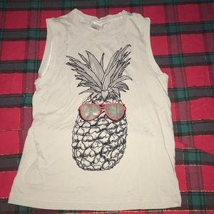 Pineapple muscle shirt